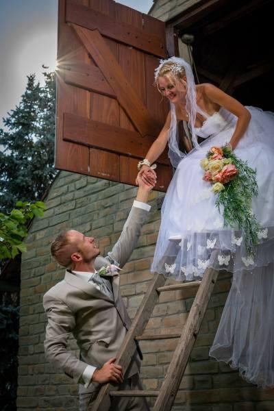 Hochzeit Sprung ins Glück