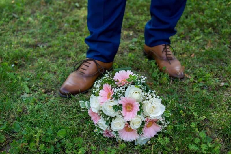 Der gefangene Brautstrauß