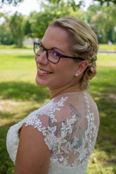 Der Rücken der Braut