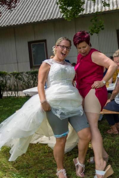 Ein blaues Band zur Hochzeit